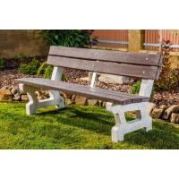 Betonová lavička Seo s opěrkou, plastová prkna