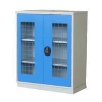 Plechová skříň A202 s dveřmi ze sítí a pevnými policemi